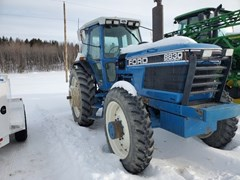 Tractor - Row Crop For Sale:  Ford 8830 , 180 HP