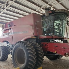 Combine For Sale Case IH 8240