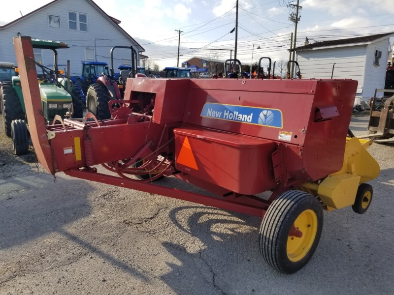 2011 New Holland BC5050 Baler-Square For Sale