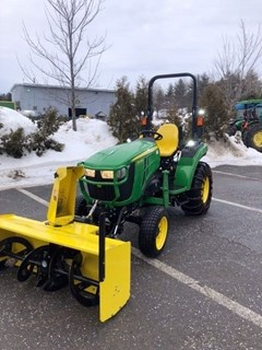 Tractor - Compact Utility For Sale:  2018 John Deere 2038R , 38 HP