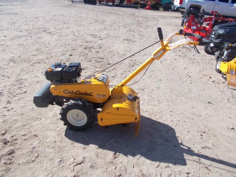 Cub Cadet Cub Cadet RT65 self propelled forward & reverse ti Rotary Tiller For Sale