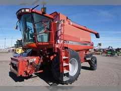 Combine For Sale 2002 Case IH 2388 , 280 HP