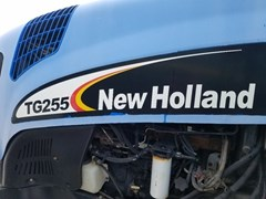 Tractor - Row Crop For Sale:  2004 New Holland TG255 , 215 HP