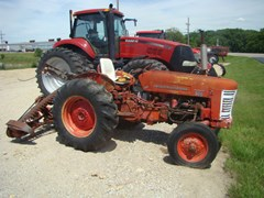 Tractor For Sale IH 300 Utility
