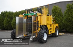Berry Harvester-Self Propelled For Sale 2021 Oxbo International Corporation 8140 , 58 HP