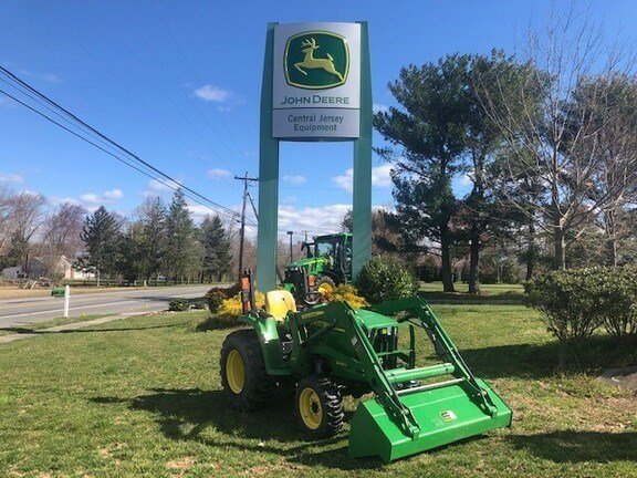 2015 John Deere 3038E Tractor - Compact Utility For Sale