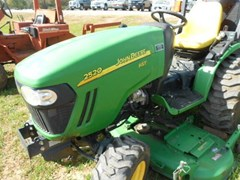 Tractor - Compact Utility For Sale 2011 John Deere 2520 , 20 HP