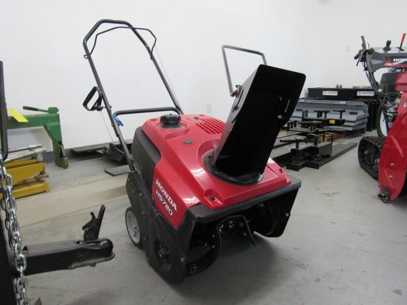 Honda HS720AMA Snow Blower For Sale