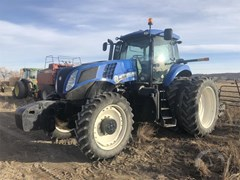 Tractor For Sale 2011 New Holland T8.275 , 258 HP