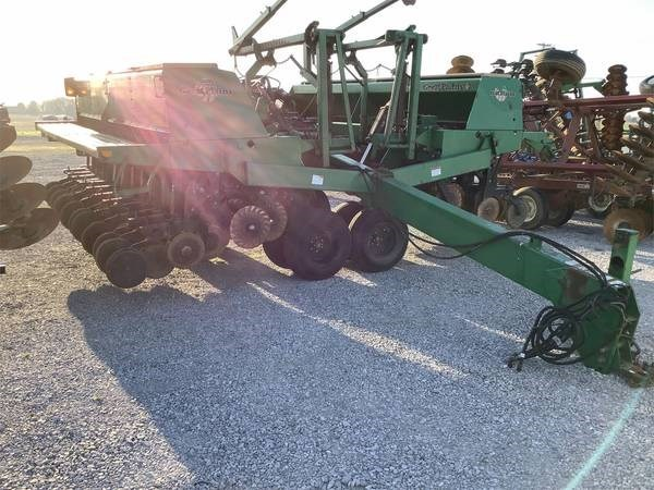 1997 Great Plains 2N3010 Grain Drill For Sale