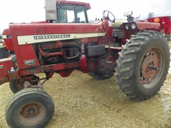 Tractor For Sale 1969 International 856