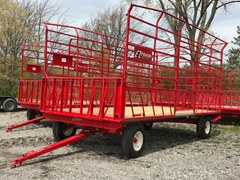 Bale Wagon-Pull Type For Sale 2021 E-Z Trail 890G