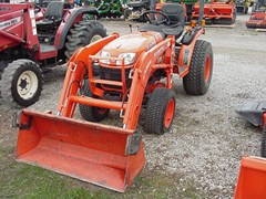 Tractor - Compact Utility For Sale Kubota B2320 , 23 HP