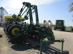 Planter For Sale 2013 John Deere 1770NT CCS