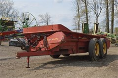 Manure Spreader-Dry For Sale New Holland 185HBS