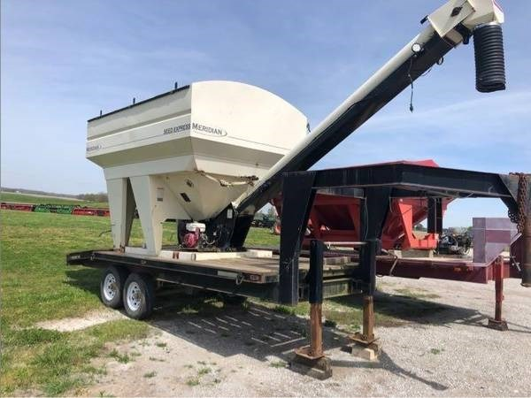 Meridian SEED EXPRESS 375RT Seed Tender For Sale