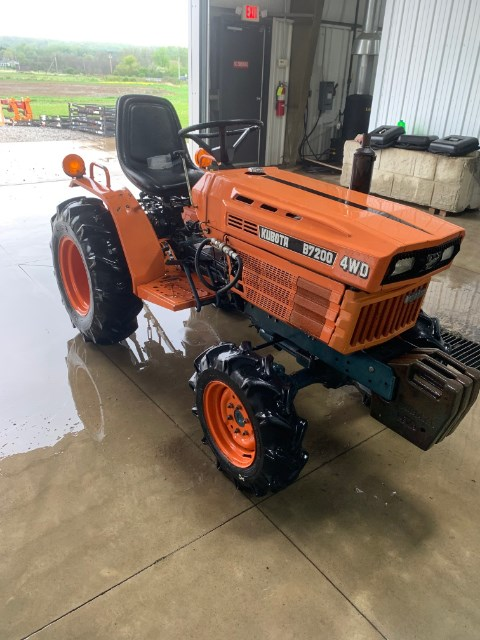 Kubota B7200 Tractor For Sale