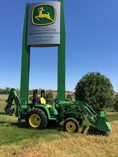 Tractor - Compact Utility For Sale 2018 John Deere 3032E TLB , 32 HP