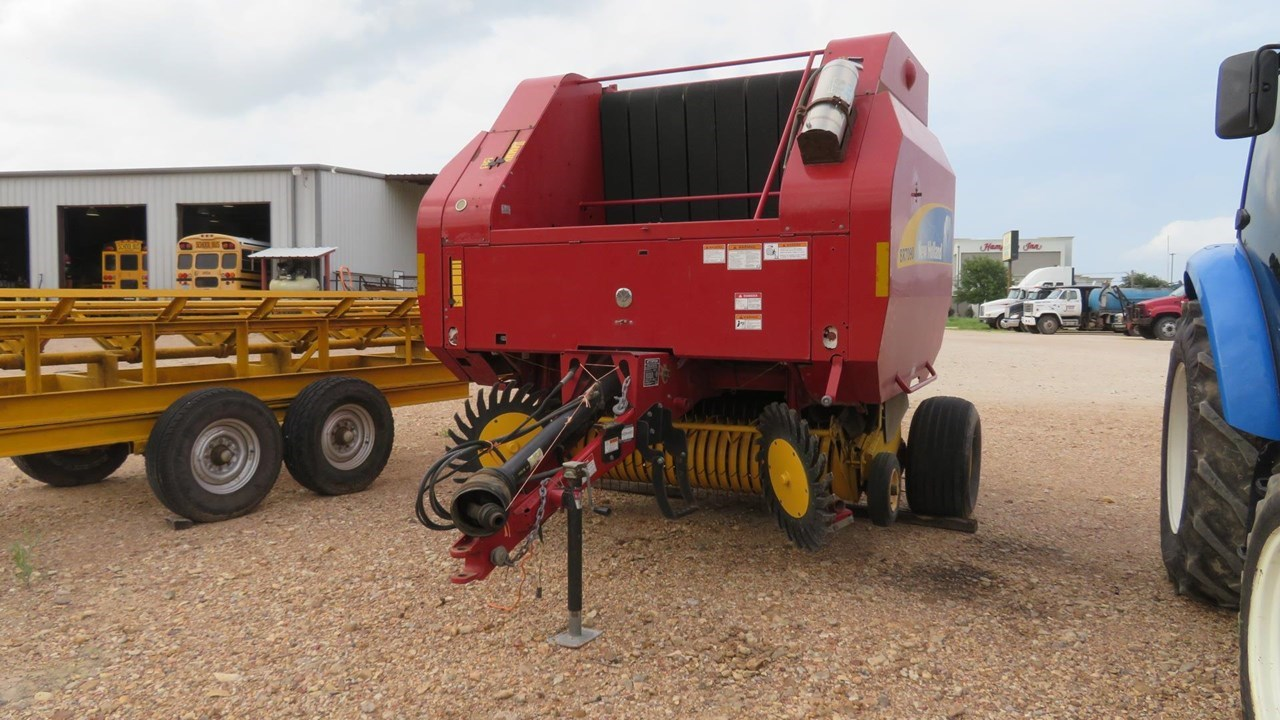 2009 New Holland BR7090 Baler-Round For Sale