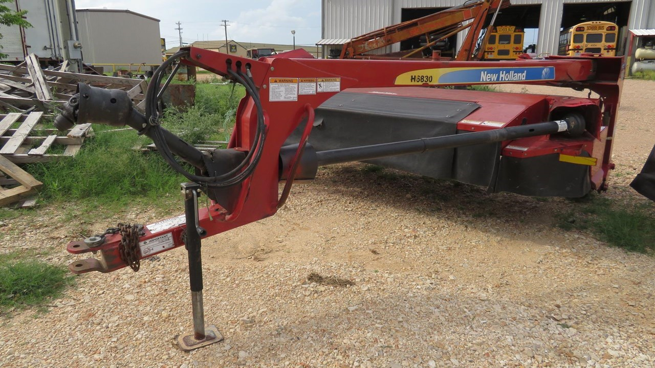 2013 New Holland H6830 Disc Mower For Sale