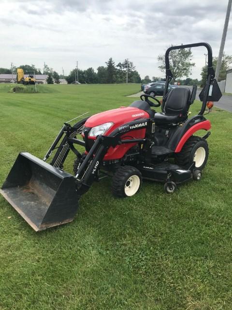 2017 Yanmar SA221 Tractor For Sale