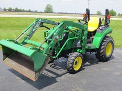 Tractor - Compact Utility For Sale 2017 John Deere 2032R , 32 HP