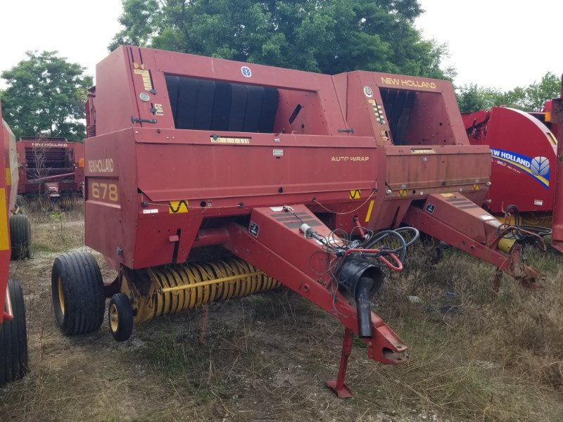 1999 New Holland 678 Baler-Round For Sale