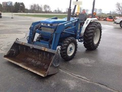 Tractor For Sale 1988 Ford 1920 , 33 HP