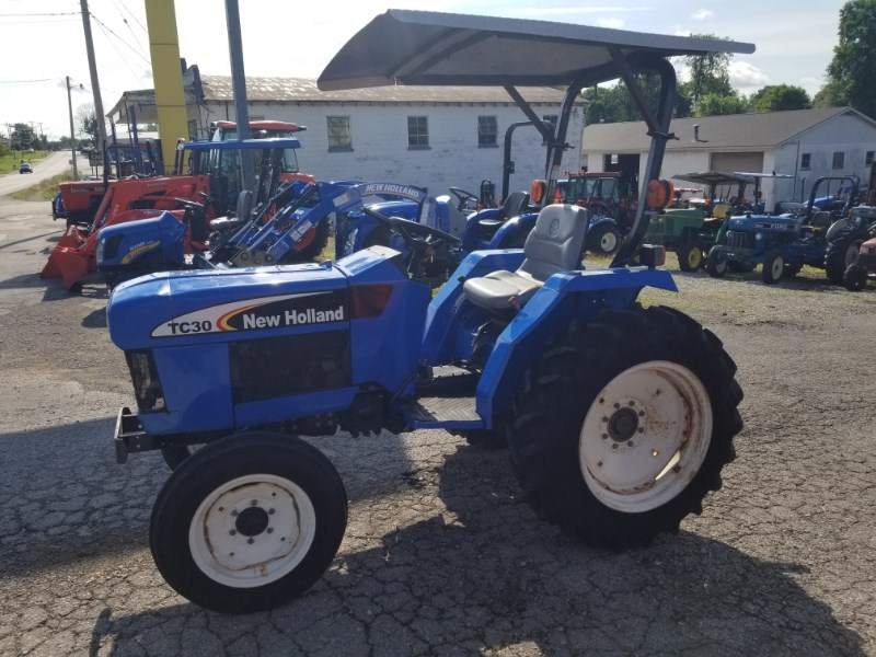 2005 New Holland TC30 Tractor For Sale