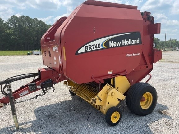 2005 New Holland BR740 Baler-Round For Sale