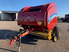Baler-Round For Sale 2017 New Holland RB 560