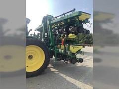 Planter For Sale 2017 John Deere 1725