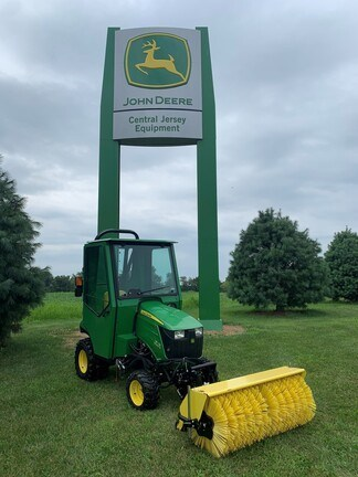 2019 John Deere 1023E Tractor - Compact Utility For Sale