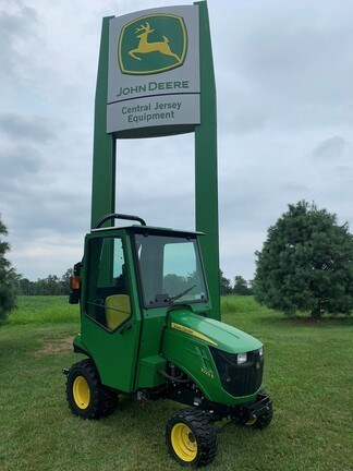 2018 John Deere 1023E Tractor - Compact Utility For Sale