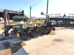 Planter For Sale 1995 Black Machine 836F