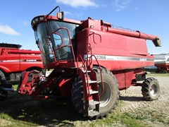 Combine For Sale 1998 Case IH 2366