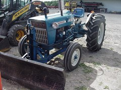Tractor For Sale 1971 Ford 2000 , 30 HP