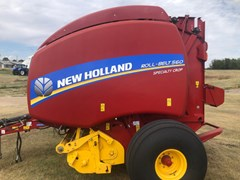 Baler-Round For Sale 2018 New Holland 560