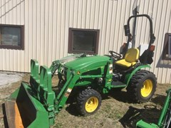 Tractor - Compact Utility For Sale:  2014 John Deere 2032R , 32 HP