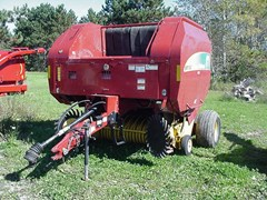 Baler-Round For Sale 2012 New Holland BR7080