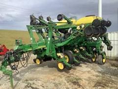 Planter For Sale 2004 John Deere 1790 CCS