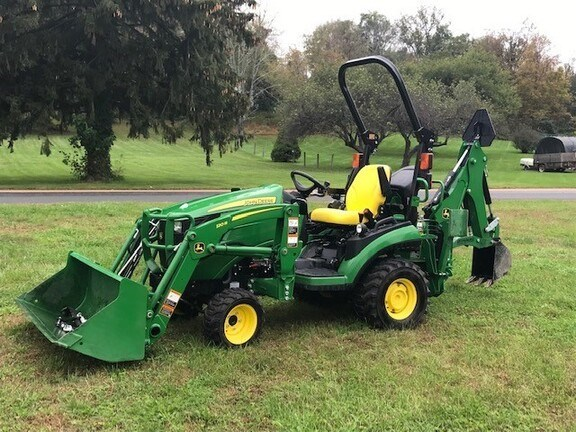 2017 John Deere 1025R TLB Tractor - Compact Utility For Sale