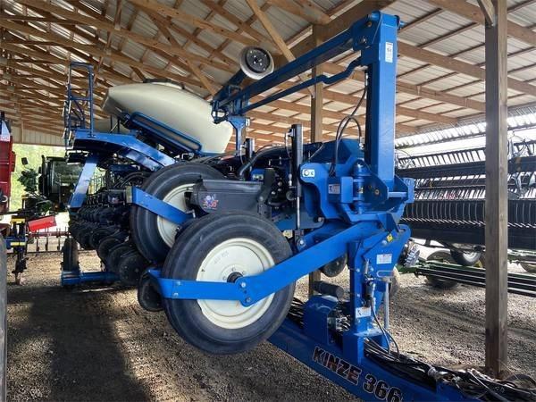 2016 Kinze 3660 Planter For Sale