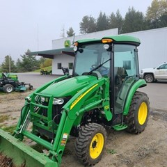Tractor - Compact Utility For Sale:  2013 John Deere 3320 , 33 HP