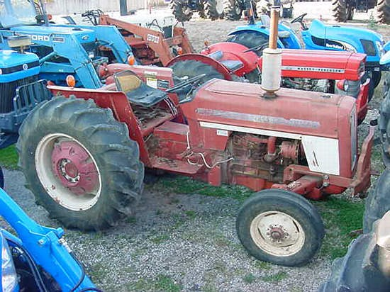1975 IH 464 Tractor For Sale