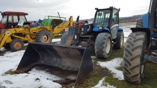 2004 New Holland LM435A Telehandler For Sale