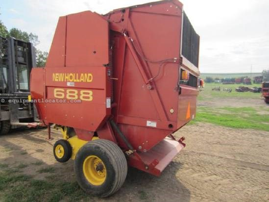 2002 New Holland 688 Baler-Round For Sale
