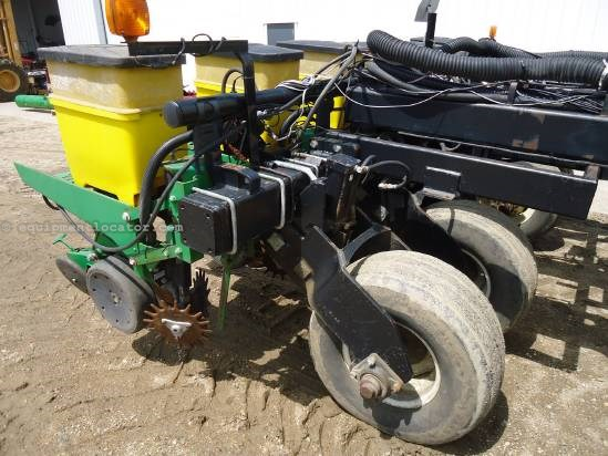 NULL John Deere 1780 Planter For Sale