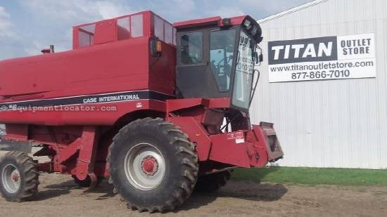 1990 Case IH 1640 Combine For Sale
