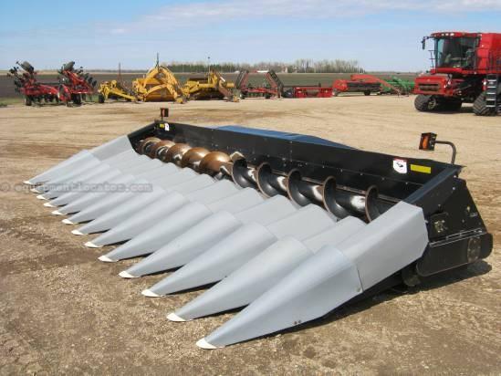 2004 Gleaner 3000 Header-Corn For Sale